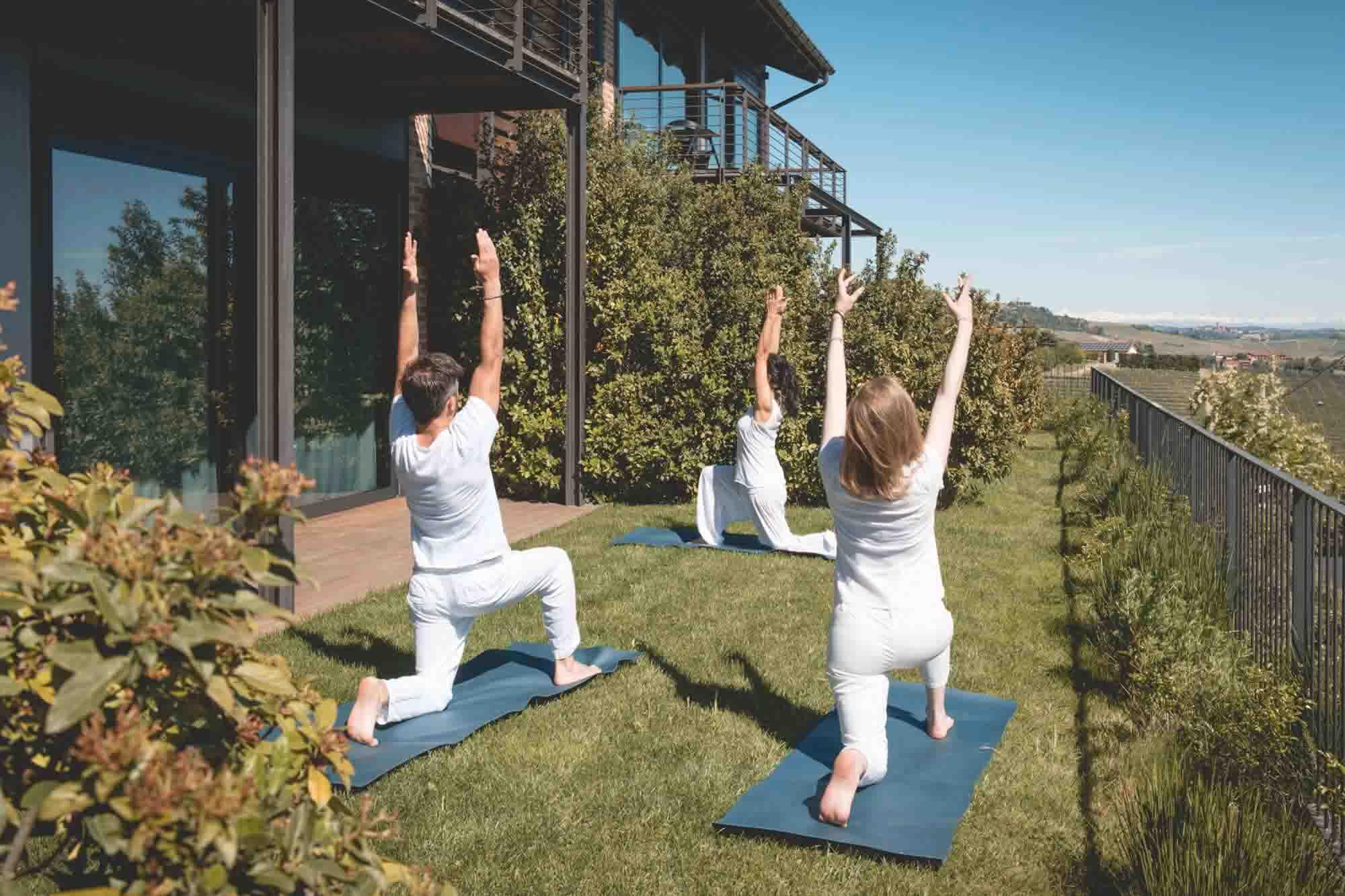 esperienza pratica yoga in arborina